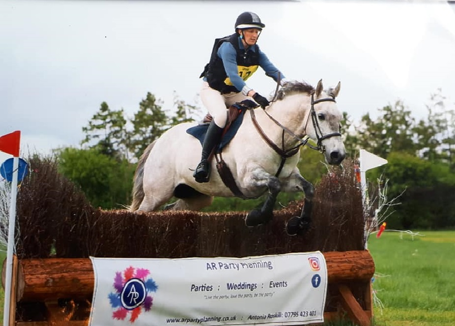 Equine Nutritionist Clare Macleod